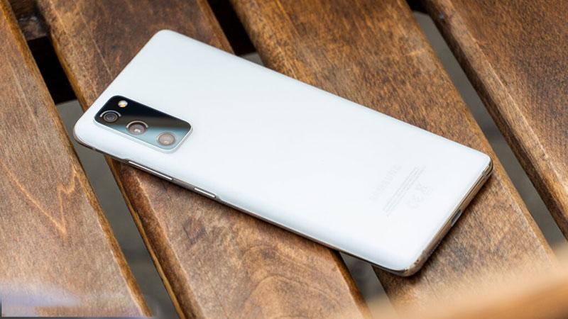 گلکسی S20 FE – بهترین گوشی های سامسونگ